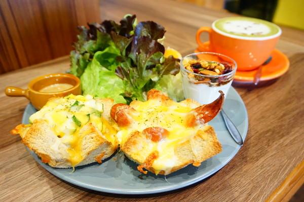 "ANGOLI Brunch:【高雄左營早午餐】ANGOLI Brunch||*♥新鮮胡麻沙拉""美味早午餐"